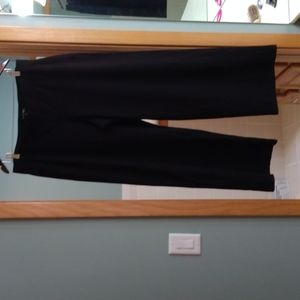 EILEEN FISHER BLACK STRETCHY PULL ON PANTS